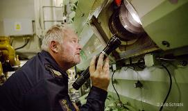 Engine check on board the HNLMS Holland